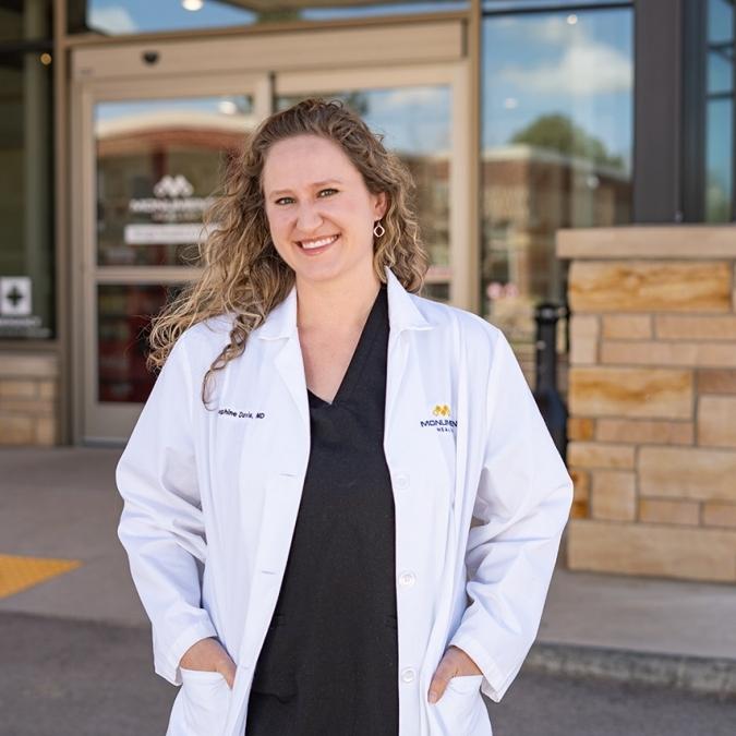 Physician Profile: Josephine Davis, M.D. Featured Image